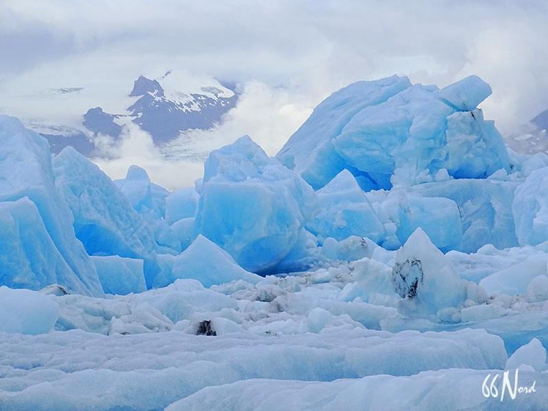 Icebergs bleutés en Islande ©Clément Legain
