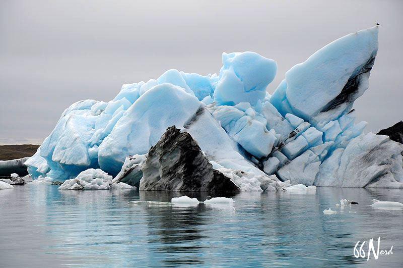 Iceberg  au Jokulsarlon, Islande ©Vidian de la Brosse