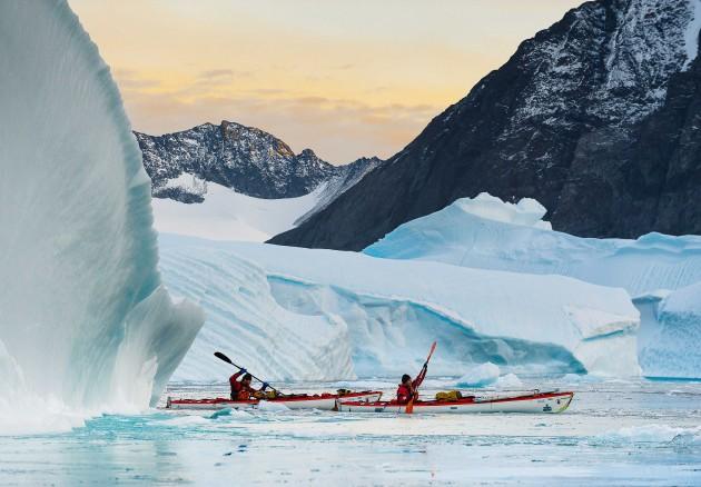 Navigation au milieu des icebergs ©Andy Parant