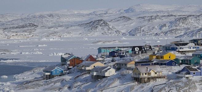 voyage-groenland-illulissat-panorama-ville-enneigee-66-nord