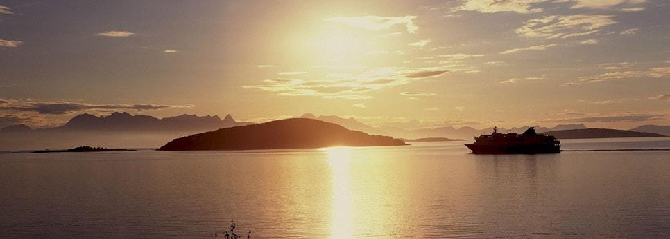 voyage-norvege-croisiere-hurtigruten-sunset
