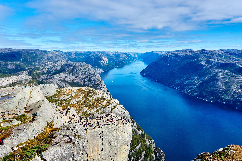 voyage-norvege-points-de-vue-preikestolen-alexey-topolyanskiy