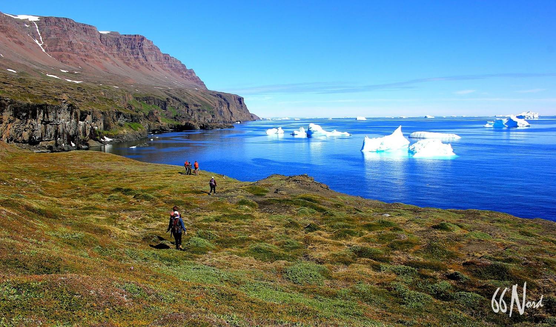 Trek dans la toundra au Groenland