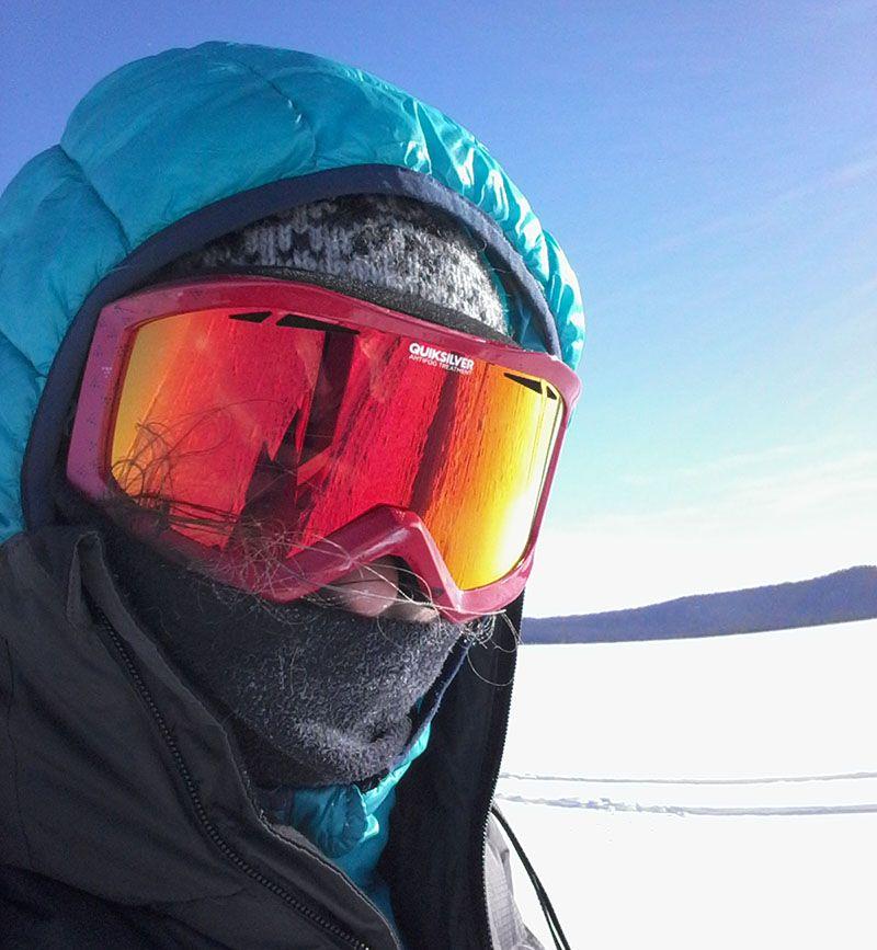 Emmanuelle Revol, conseillère spécialiste 66°Nord sur le lac Baïkal, russie, sibérie