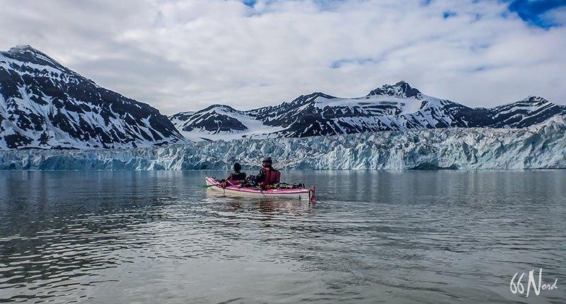 Kayak de mer au Svalbard, spitzberg