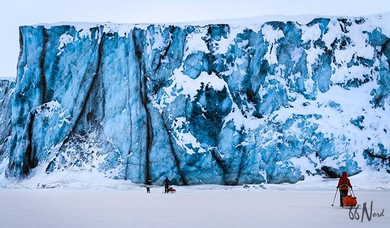 Raid à ski pulka au Spitzberg, glacier