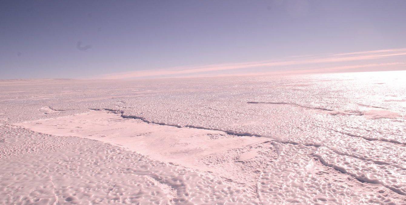 Immensité de glace en Antarctique ©Manu Poudelet