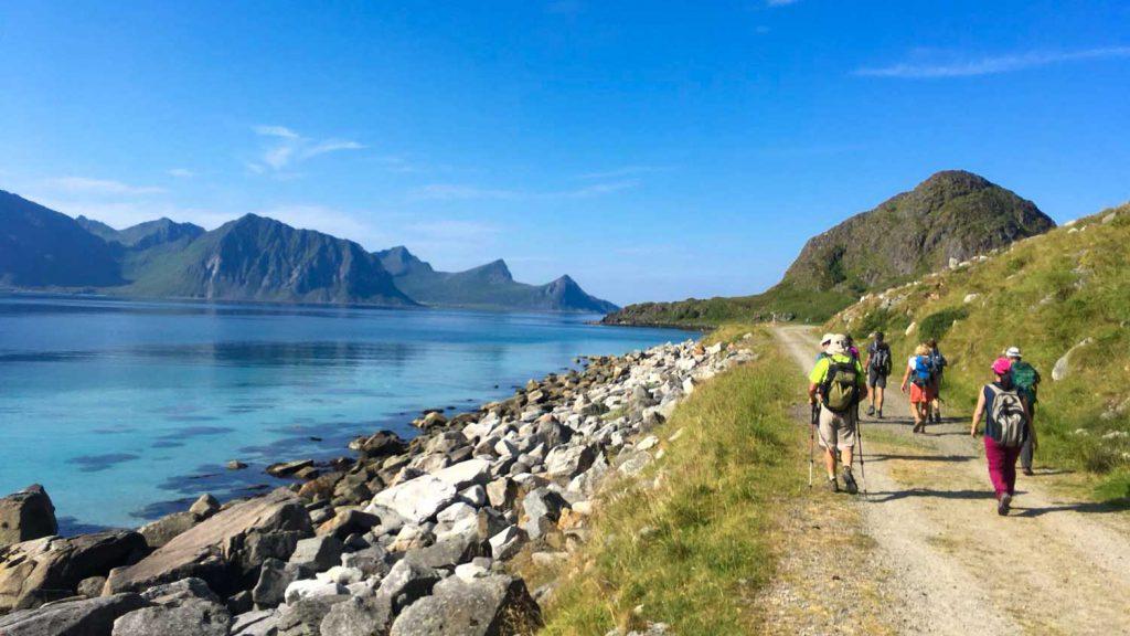 Randonnée au soleil en Norvège