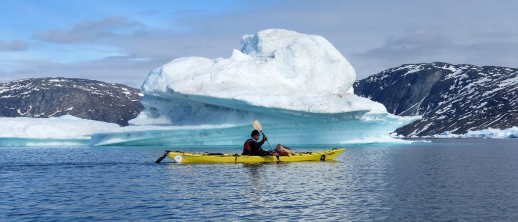 Kayak de mer dans la baie de Disko © Florien Grally