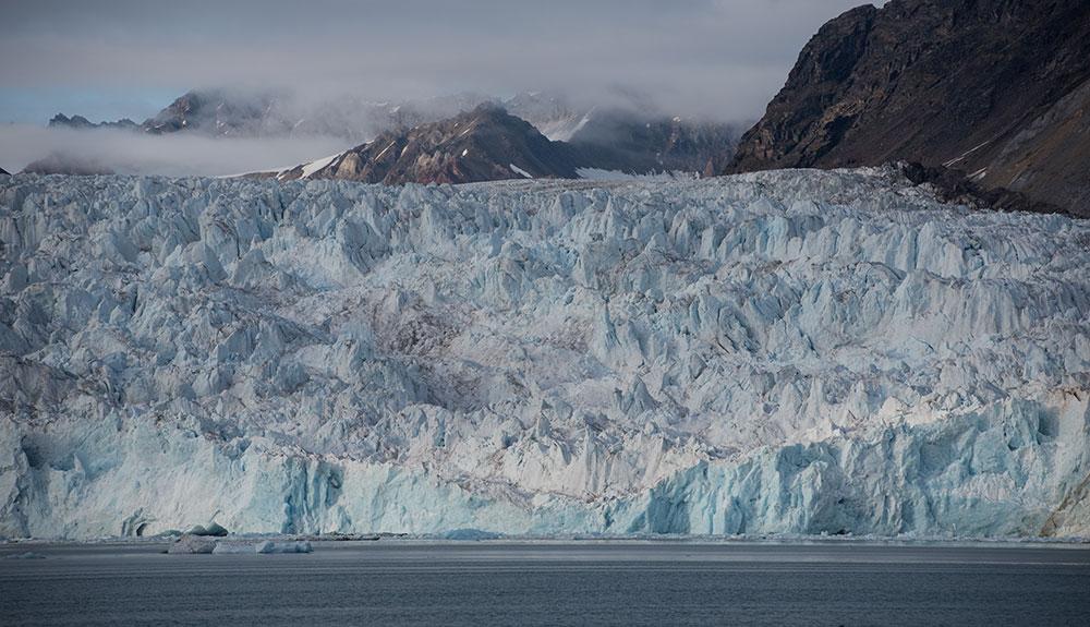 Glacier Blomstrand, Baie du Roi, Svalbard ©Yannick Long - guide 66°Nord