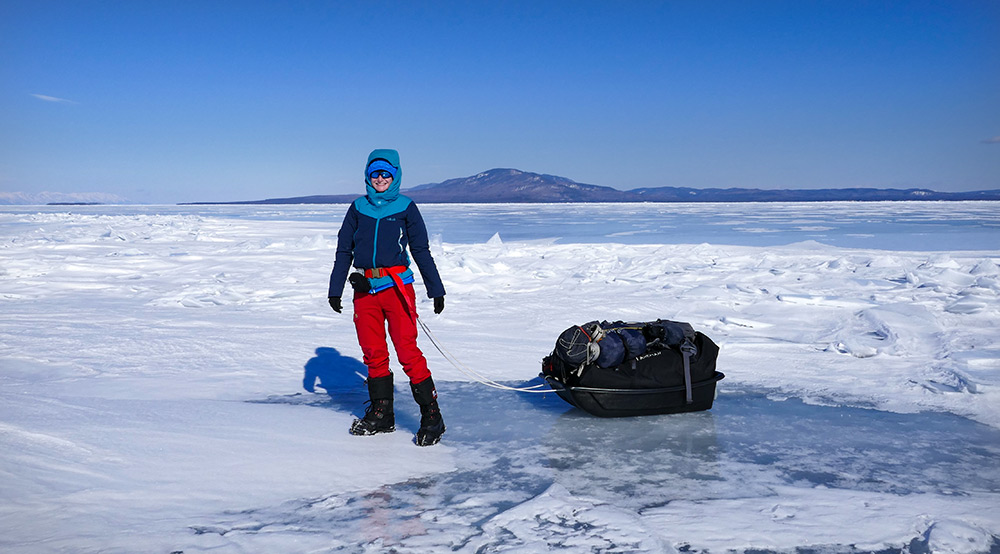 Mon bivouac sur la glace du lac Baikal