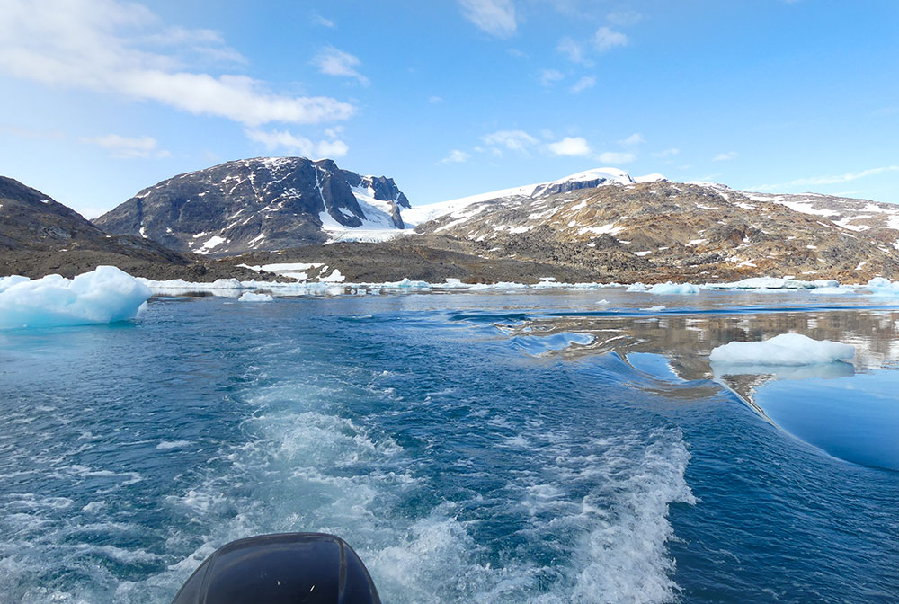 Transfert en bateau ©Laurine Bertrand