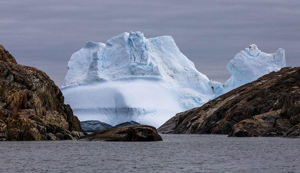 Iceberg géant au Groenland ©Florent Saugues