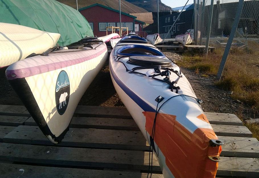 Kayak de mer à l'entretien ©Tom Christen