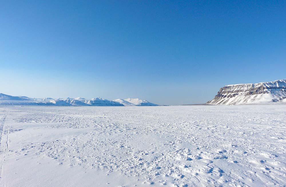 Banquise du Spitzberg l'hiver. Crédit : Aurélie Trincal, 66°Nord